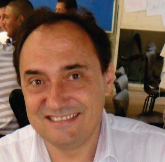 Dr. Vinicius Daher Alvares Delfino- Brasil